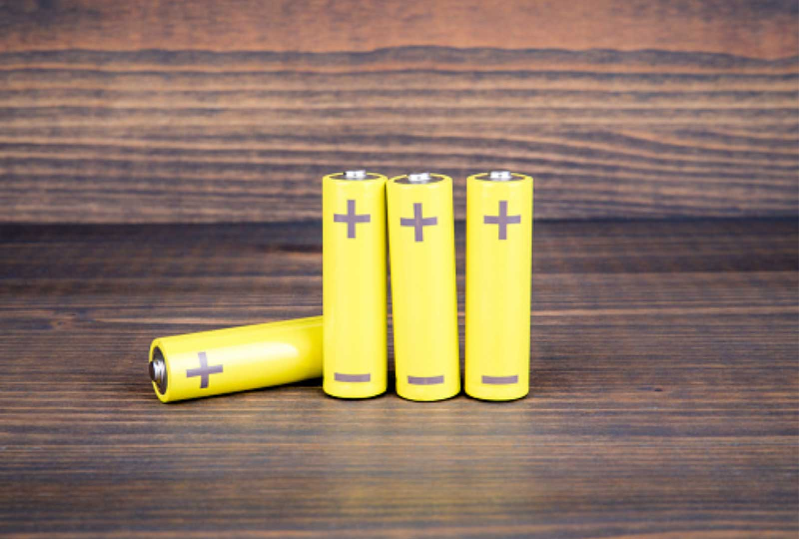 small aaa batteries