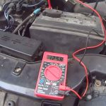 multimeter-connected-to-car-battery