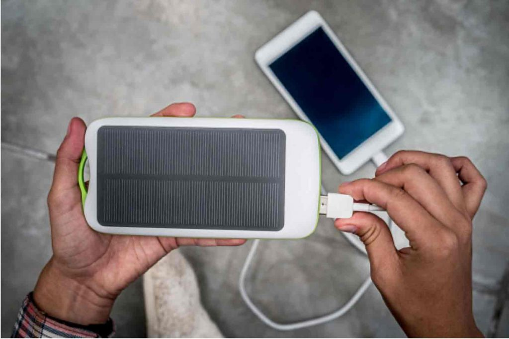 Charging an iPhone with a Solar Power bank